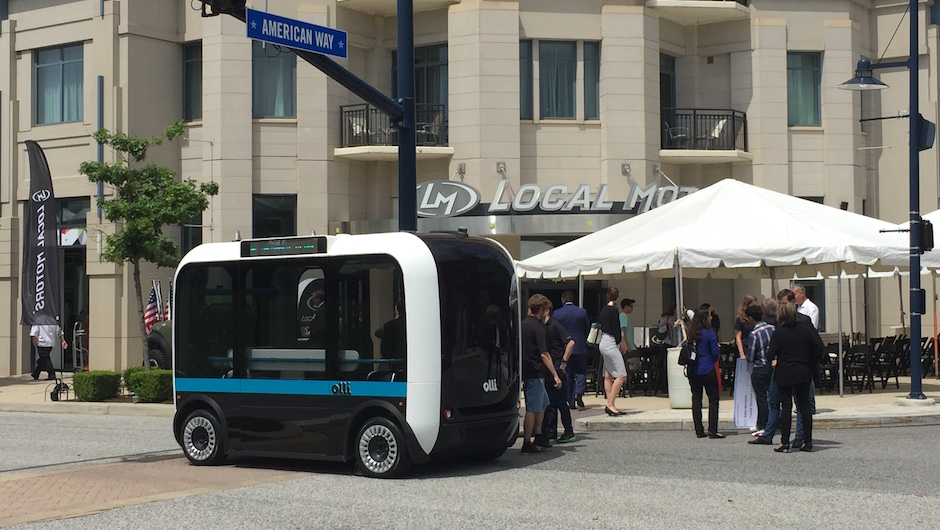 Meet Olli, A Self-Driving Minibus That Can Be 3D-Printed In Hours-5