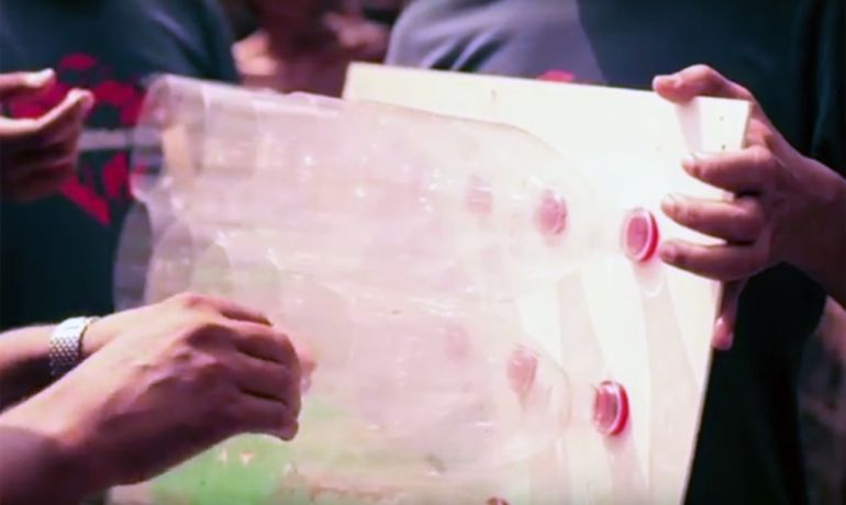 This Amazing No-Electricity Air Conditioner From Plastic Bottles-2