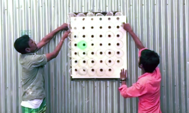 This Amazing No-Electricity Air Conditioner From Plastic Bottles-7