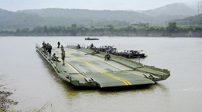 This Foldable Bridge Allows The Army To Get Tanks Across Rivers-1