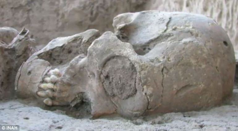 1600-Year-Old Skeleton With Elongated Skull Found In Mexico-3