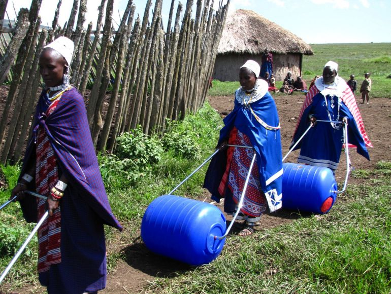 Hippo Rollers Make Clean Water More Accessible In Rural Africa-1