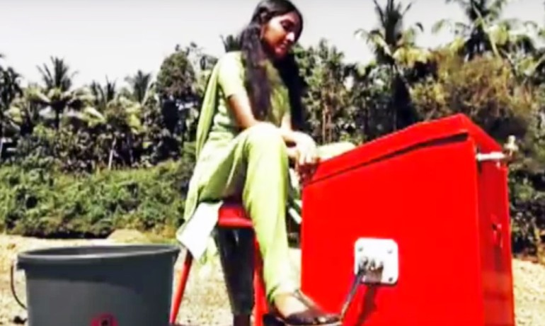 Indian Teenager designs Innovative Human-Powered Washing Machine-3