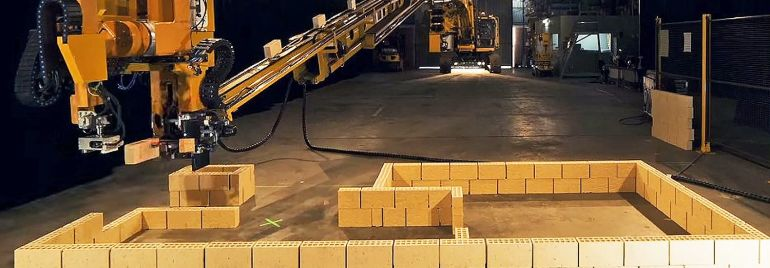 Meet Hadrian X, a powerful robot that can build a house in 2 days by laying 1,000 bricks per hour-1