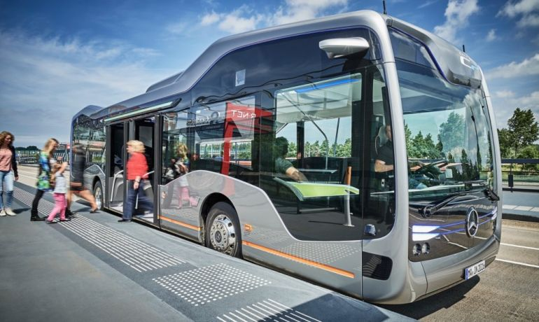 Mercedes-Benz's Self-Driving Future Bus Covers Its First 20 KM-10