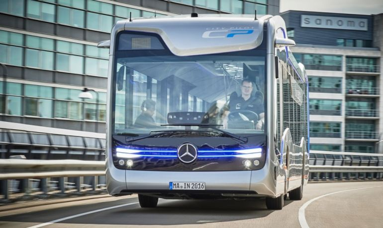 Mercedes-Benz's Self-Driving Future Bus Covers Its First 20 KM-5