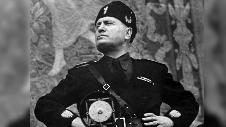 experts-uncover-secret-mussolini-message-that-lies-beneath-an-obelisk-4