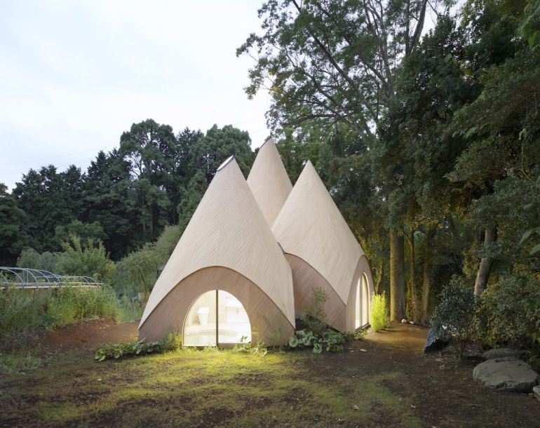 these-striking-teepee-shaped-huts-in-japan-offer-care-to-the-elderly-10