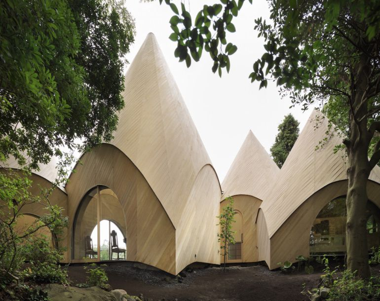 these-striking-teepee-shaped-huts-in-japan-offer-care-to-the-elderly-2