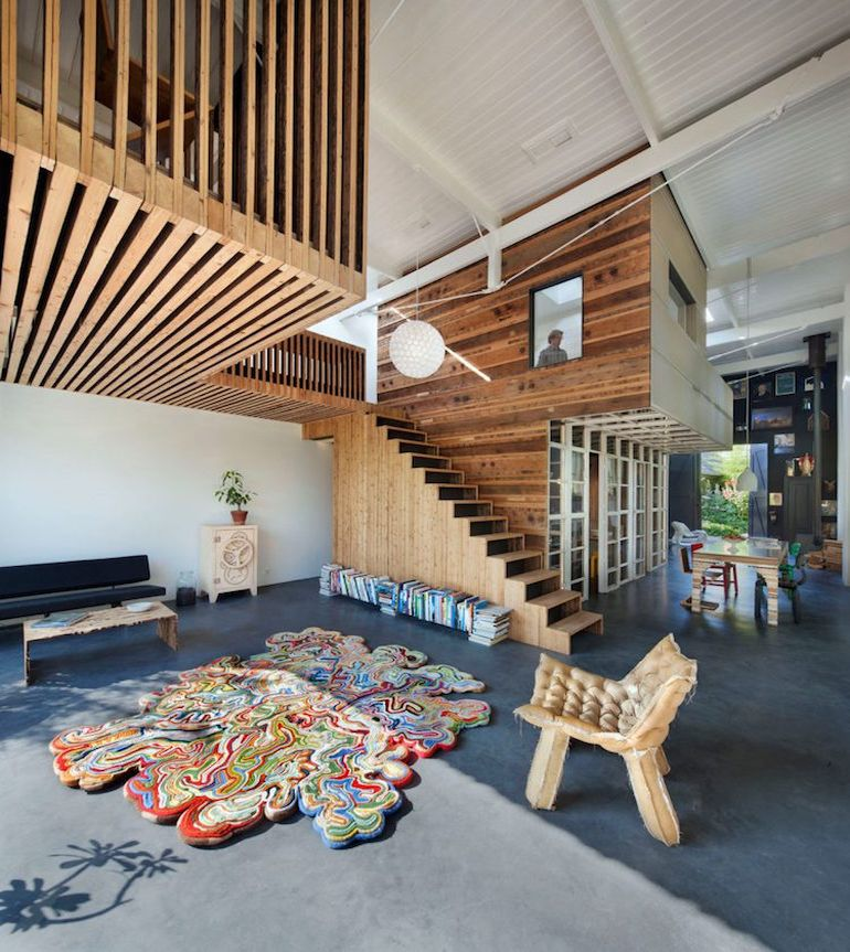 architect-upcycles-1895-coach-house-using-materials-from-1950s-office-3