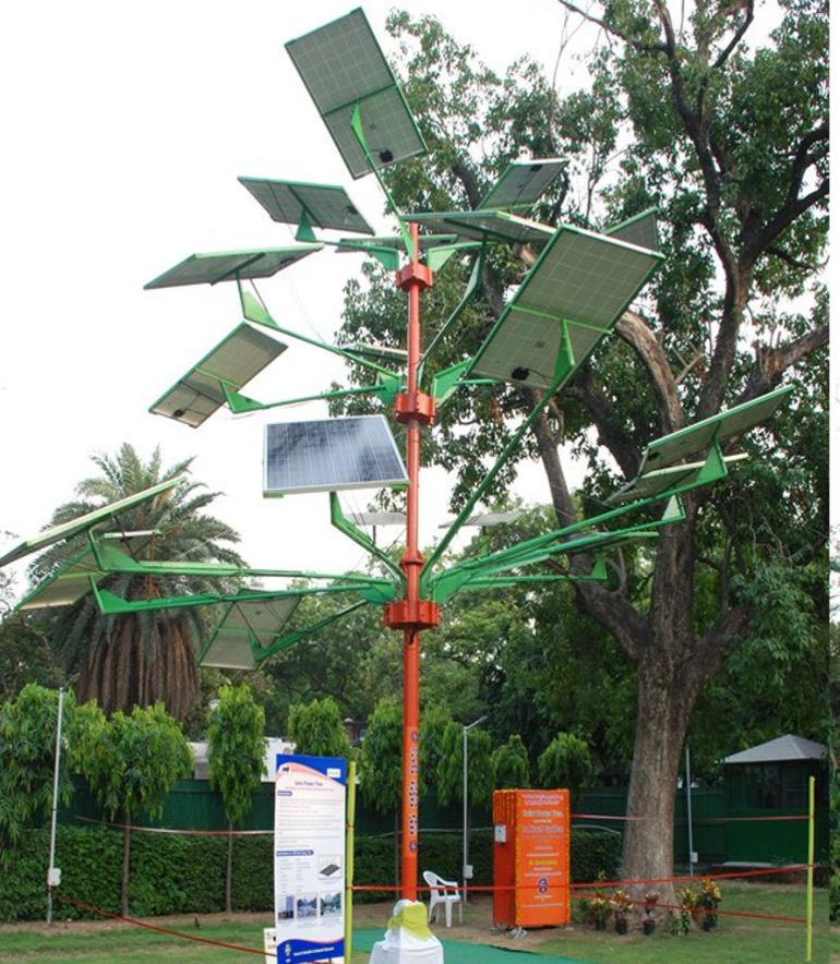 india-designed-solar-power-tree-can-light-up-to-5-houses-4