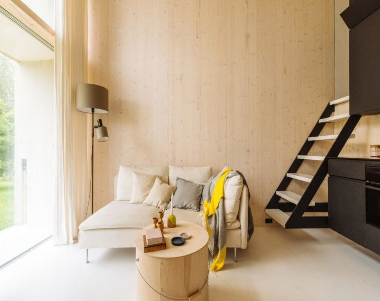koda-a-stunning-solar-powered-tiny-house-that-can-move-around-9