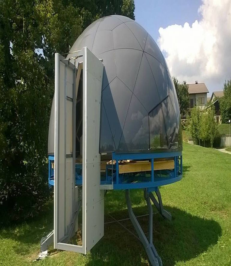 these-futuristic-modular-dome-homes-can-be-erected-on-any-terrain-3