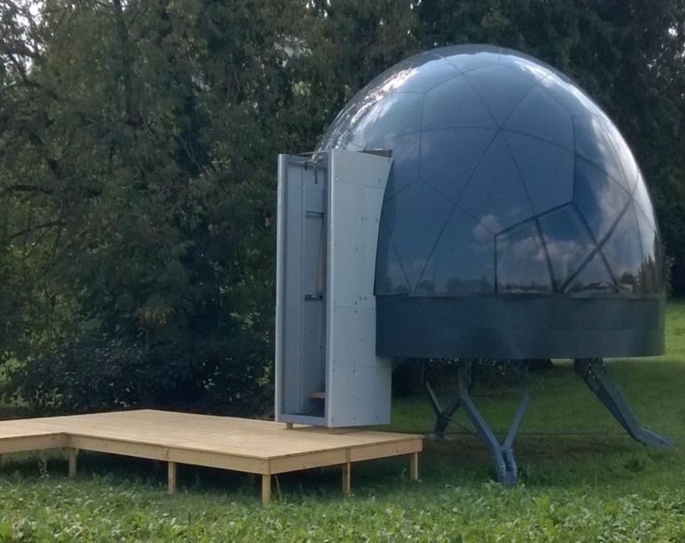 these-futuristic-modular-dome-homes-can-be-erected-on-any-terrain-5