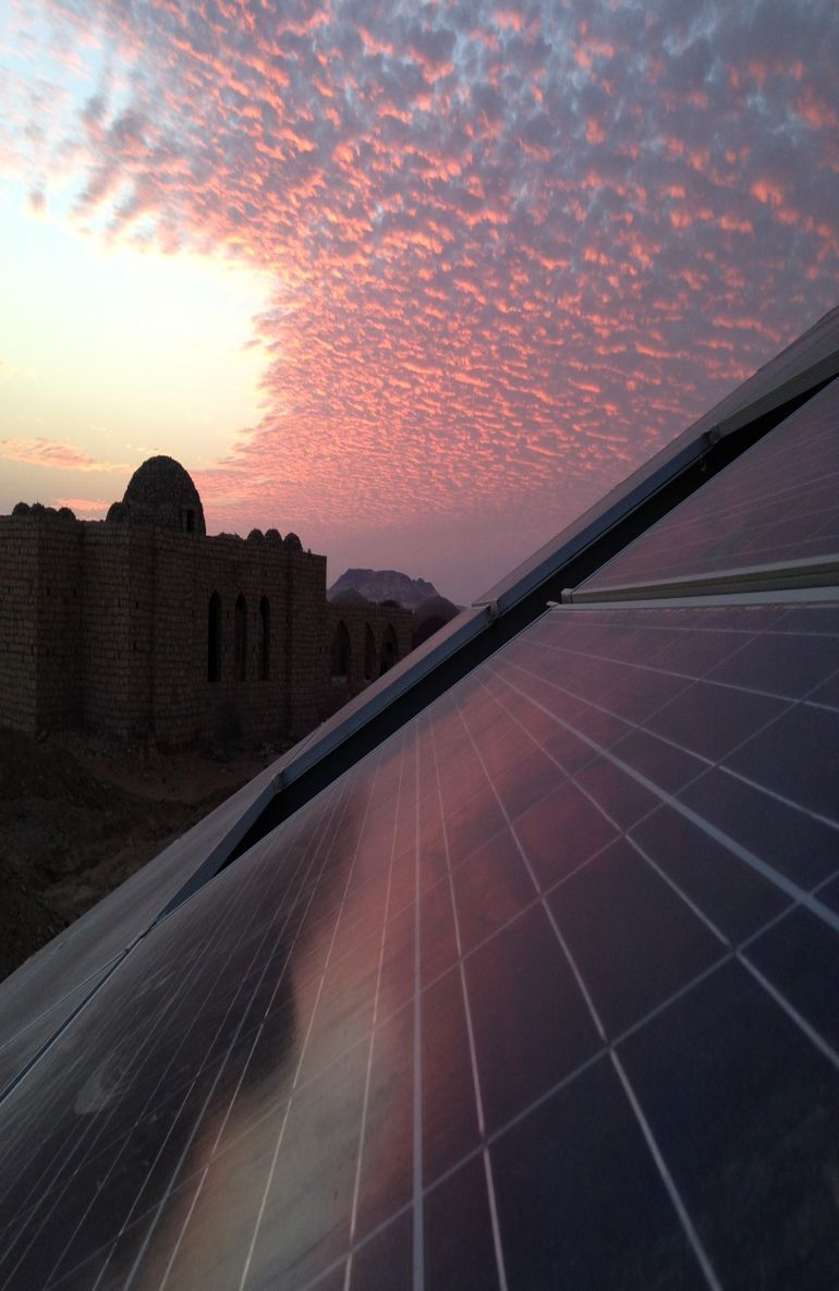 welcome-to-egypts-first-solar-powered-village-located-in-the-desert-4