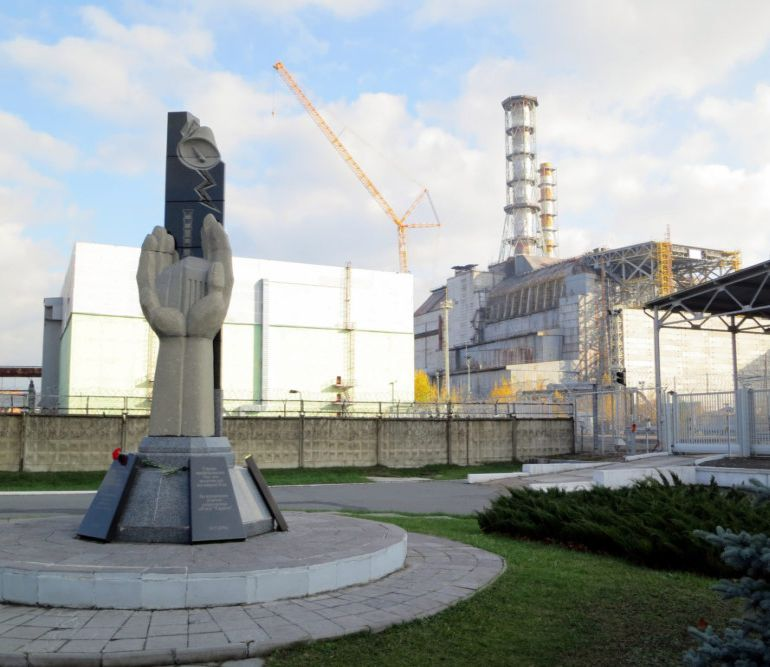 china-to-construct-enormous-solar-farm-at-chernobyl-wasteland-1