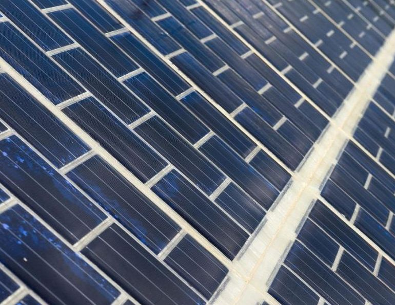 French Government Unveils World's Very First Solar Panel-Fitted Road-2