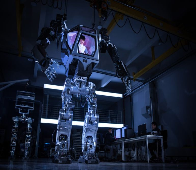 This 13-Foot-Tall Mech-Suit Robot Could Help With Fukushima Cleanup-5