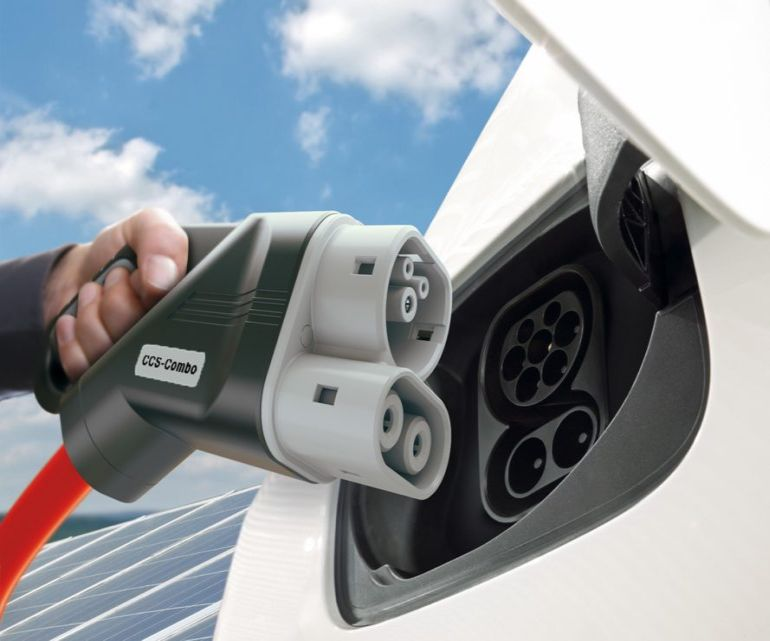 ultra-powerful-electric-vehicle-charging-network-to-be-built-in-europe-1