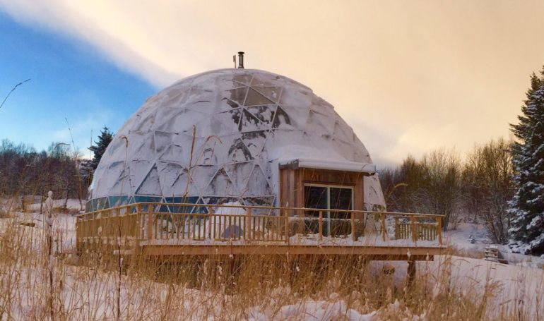 Nature House A Stunning Cob Dwelling Nestled Inside A Geodesic Dome-12
