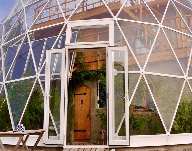 Nature House A Stunning Cob Dwelling Nestled Inside A Geodesic Dome--2