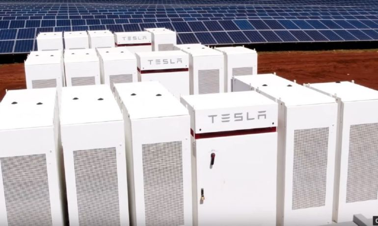 Tesla undertakes ambitious task of building world's largest solar storage facility in Kauai-4