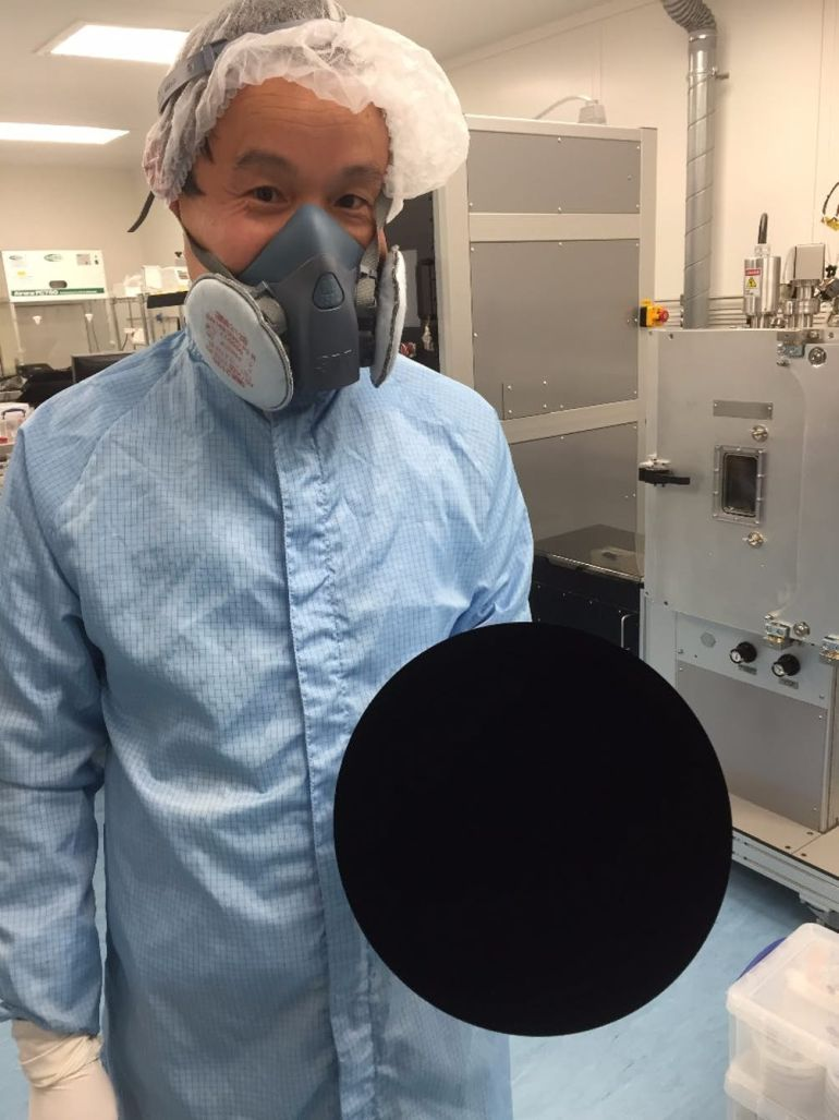 Vantablack, World's Blackest Material, Makes 3D Objects Look two-Dimensional And Featureless-2