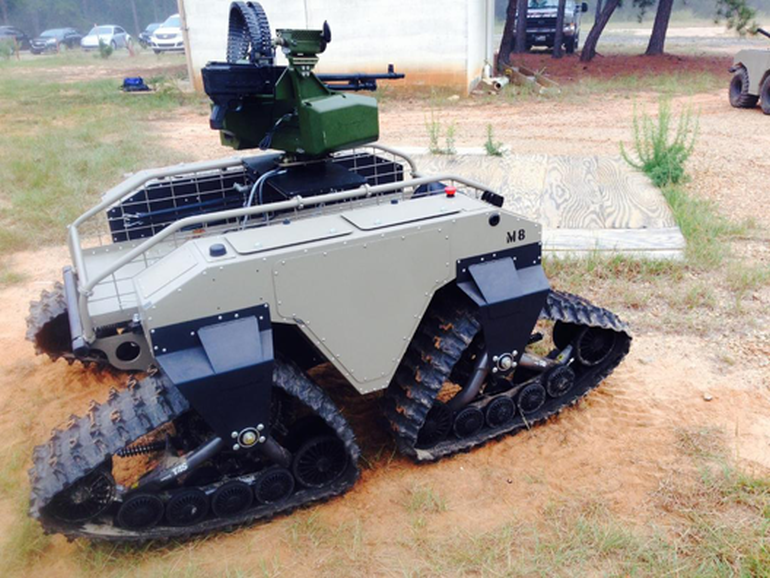 Watch U.S. Marines Training With Unbelievably Futuristic Combat Robots-10