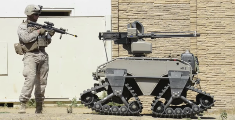 Watch U.S. Marines Training With Unbelievably Futuristic Combat Robots-2