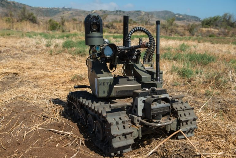 Watch U.S. Marines Training With Unbelievably Futuristic Combat Robots-7