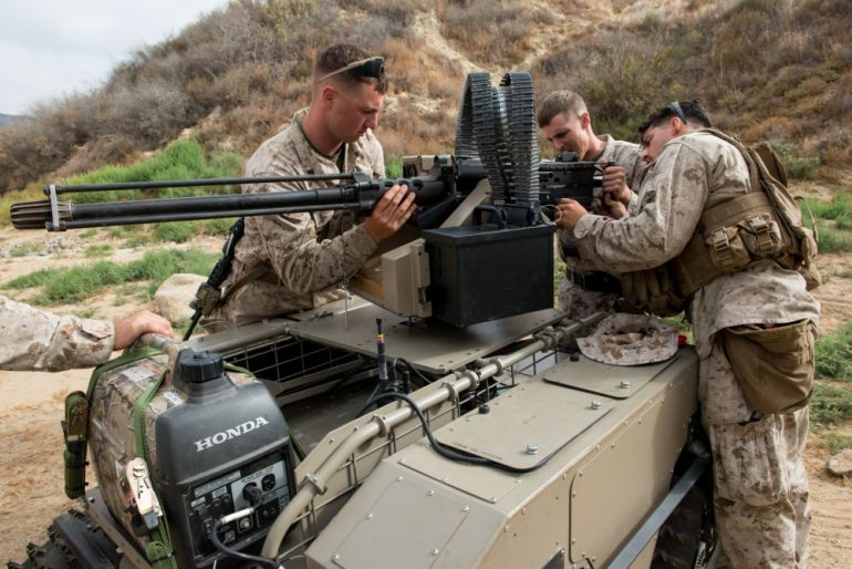 Watch U.S. Marines Training With Unbelievably Futuristic Combat Robots-8