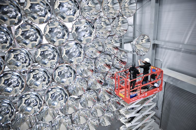 Synlight, The World's Biggest artificial Sun Is Located In A Small Town In Germany-1