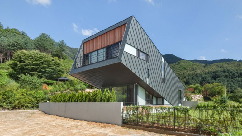 Leaning House_PRAUD_South_Korea