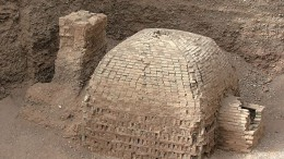 1700-year old_Silk Route tomb_1