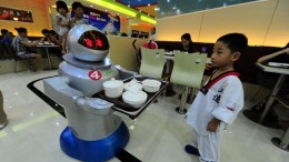 chinese_robot_waiter