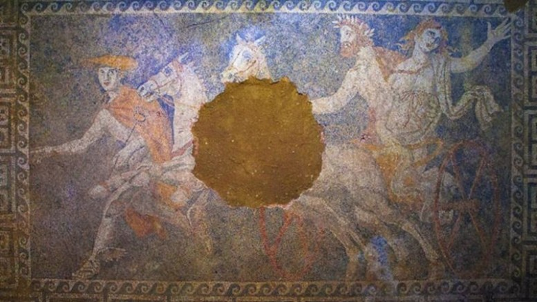 Amphipolis Tomb_Remains_Five_Corpses_1