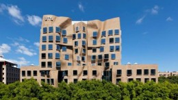 Frank Gehry_Dr Chau Chak Wing Building