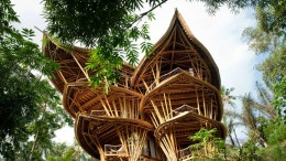 Ibuku-founder Elora Hardy builds sustainable bamboo houses in Bali-1