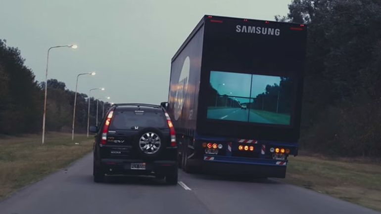 Samsung_Safety_Truck_Traffic_Safety