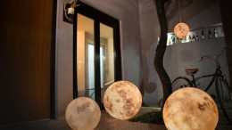 Bask In The Mesmeric Glow Of The Moon-Shaped Luna Lamps-3