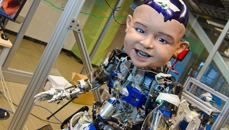 Scientists Use Humanoid Robot To Study Why Babies Smile-1