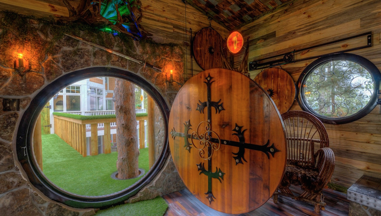 Spend Your Next Vacation In This Hobbit Hole-Esque Treehouse-1