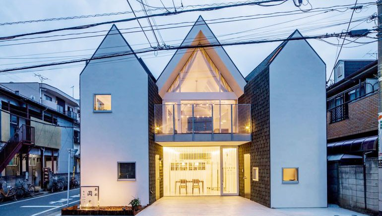 Tokyo-based Architects Design House That Can Be Shrunk In Size-3