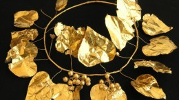 Jewelry_Ancient_Underground_Tomb_Cyprus