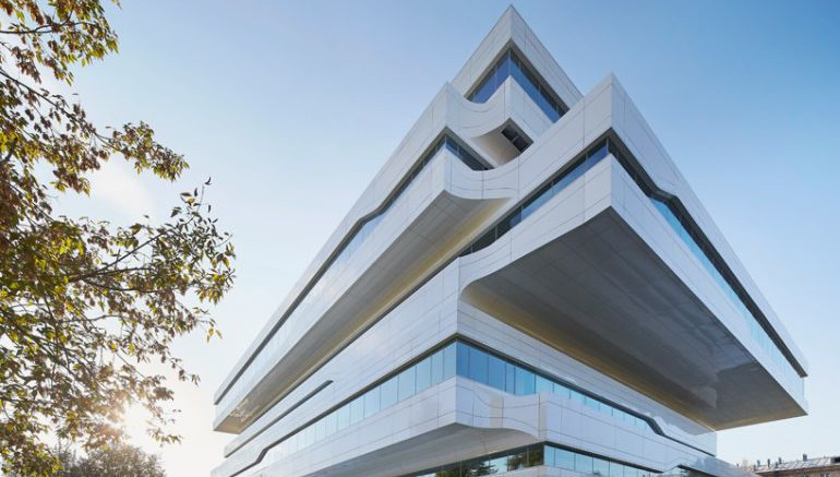 Zaha_Hadid_Dominion_Office_Building_Neo-Futurism