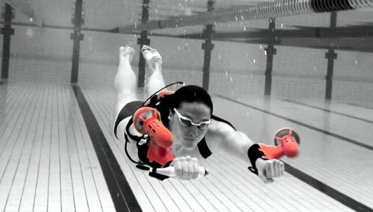 x2 Sport World's First Wearable Underwater Jet Pack-2