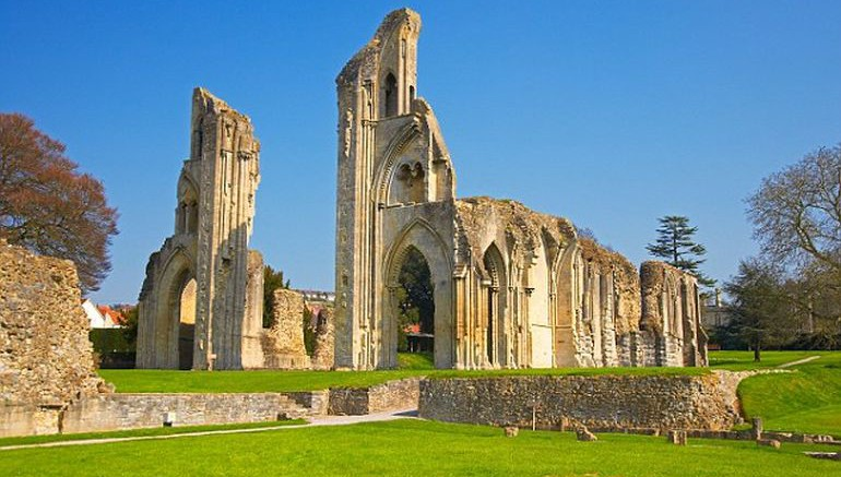 Monks Fabricated King Arthur's Legends, New Study Says-2