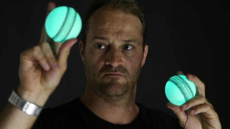Australian Designs World's First Rechargeable, Luminous Cricket Ball-1