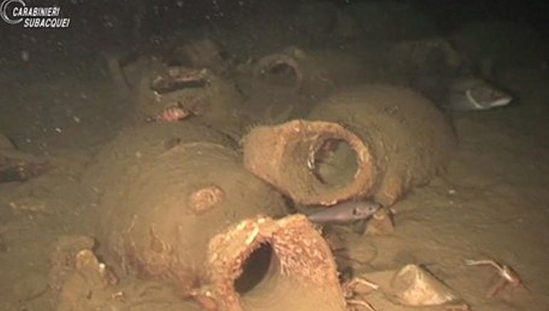 Shipwreck Containing Jars Of Ancient Roman Ketchup Found In Italy-1