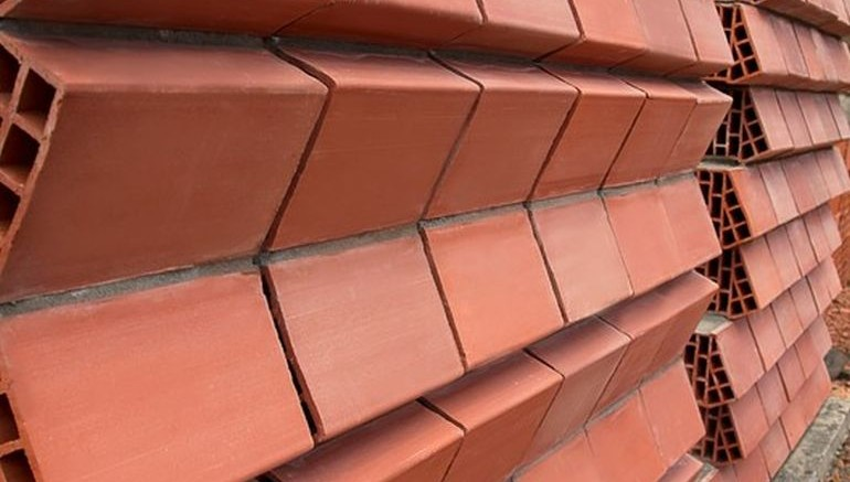 These Smart Clay Bricks Keep Houses Cool By Dispersing Heat-1